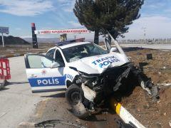 Afyonkarahisar'da trafik kazası, 2 polis yaralı