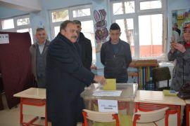 Eski Bakan Eroğlu'nun sandığında AK parti birinci çıktı
