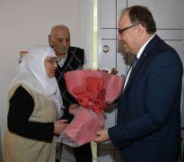 Vali Mustafa Tutulmaz şehit evine misafir oldu
