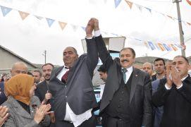 Veysel Eroğlu seçim bürosu açılışına katıldı
