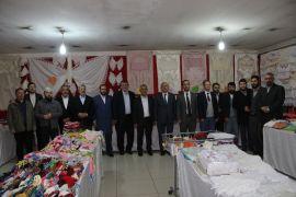 Afyonkarahisar'da öğrenciler için kermes açıldı