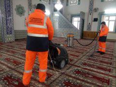 Afyonkarahisar'daki camilerde Ramazan temizliği
