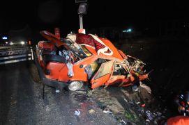 Sandıklı'da trafik kazası üç kişi ağır yaralandı