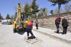 Şuhut Belediyesi İtfaiye Amirliği logar temizleme çalışmaları başlattı