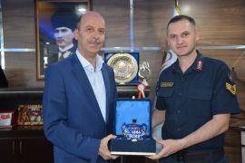 Karaadilli Jandarma Komutanı Demircioğlu'ndan Başkan Bozkurt'a veda ziyareti