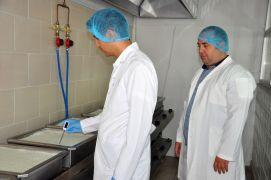 AKÜ'lü akademisyenler borlu süt ve et ürünleri üretti