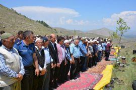 Balçıkhisar'da 2 asırlık yağmur duası ve kurban geleneği sürüyor