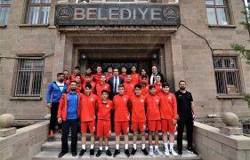 Sandıklıspor U16 takımı Türkiye Şampiyonası için Kütahya'ya gitti