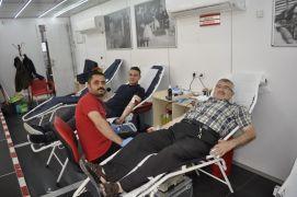 Şuhutlu vatandaşlardan kan bağışı kampanyasına yoğun ilgi