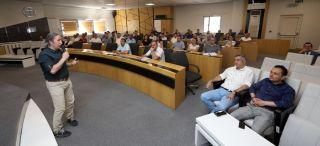 Afyonkarahisar Belediyesi'nden sorumlu personele strateji ve planlama eğitimi