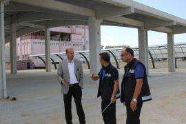 Başkan Recep Bozkurt, kapalı pazar yerinde incelemelerde bulundu