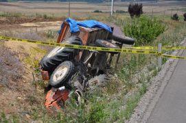Sandıklı'da traktör devrildi sürücüsü ağır yaralandı