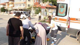 Şuhut'ta elektrikli bisiklet kazası: 2 yaralı