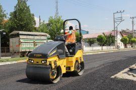 Şuhut'ta sıcak asfalt çalışmaları