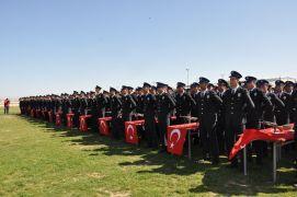 Afyonkarahisar'da 424 polis törenle mezun oldu