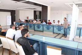 32 saatlik eğitimle girişimci adayı oldular