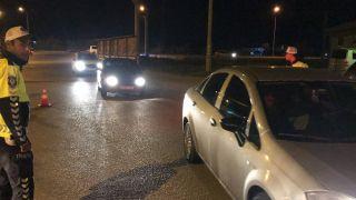 Afyonkarahisar'da trafik ekiplerinden kural ihlali yapan sürücülere ceza
