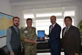 Başkan Bozkurt'tan Komutan Alp'e hayırlı olsun