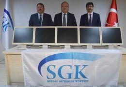 SGK'nın kullanmadığı bilgisayarlar okullara verildi