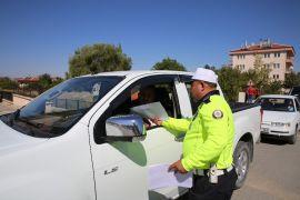 İhsaniye'de trafikte yaya öncelikli uygulaması