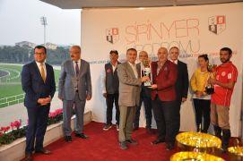 Sandıklılı genç atçı Türkiye ikincisi oldu