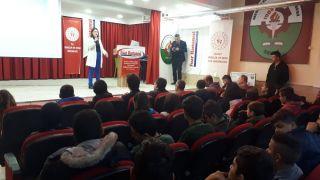 Şuhut'ta öğrencilere ''Sporcularda sağlıklı beslenme'' konulu seminer