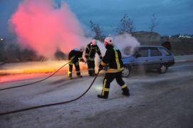 Afyonkarahisar'da otomobil yangını