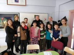 Bolvadin İlçe Emniyet Müdürü Ahmet Gürfidan engelli bireylerle bir araya geldi