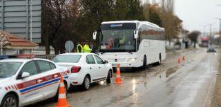 Şuhut'ta seyahat otobüsleri denetlendi