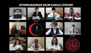 Afyonkarahisarlı öğrenciler Bilim Kurulu üyelerinin yerine geçti