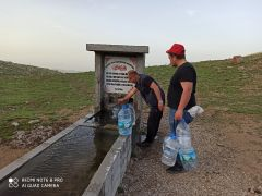 Kumalar Dağı'ndaki şifalı su Ramazan ayında ilgi odağı oluyor