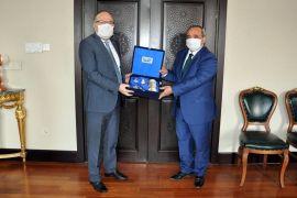 Başkan Şahin, Vali Mustafa Tutulmaz'ı ziyaret etti