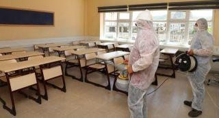 Sınav merkezleri dezenfekte ediliyor
