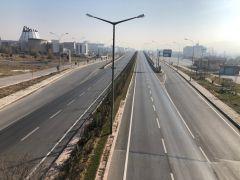 Kısıtlama sonrası Afyonkarahisar terk edilmiş şehir görünümüne büründü