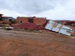 Şiddetli rüzgar hayatı olumsuz etkiledi