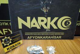 Durdurulan araçta 221.84 gram kokain ele geçirildi